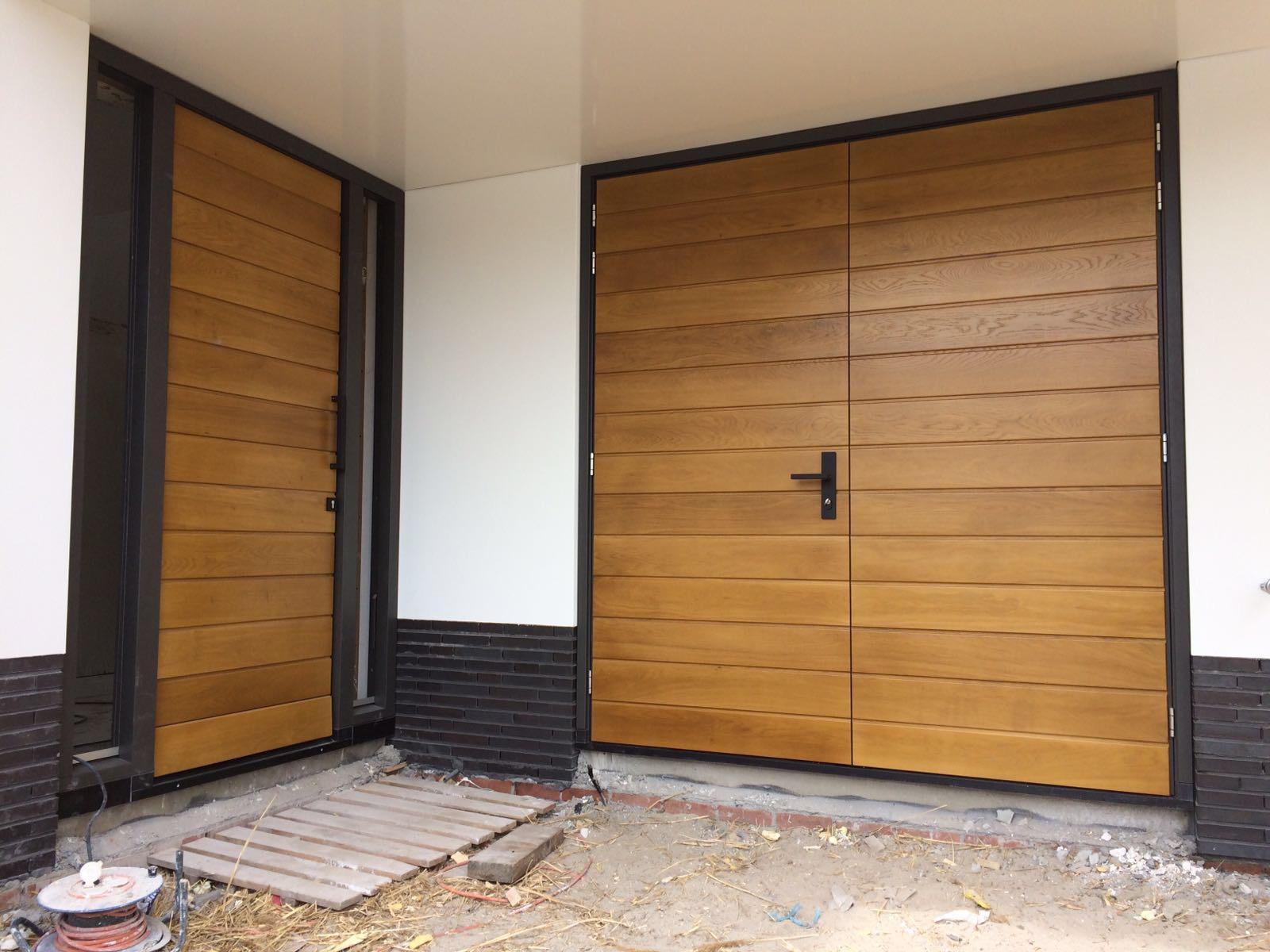 Garagedeuren met voordeur
