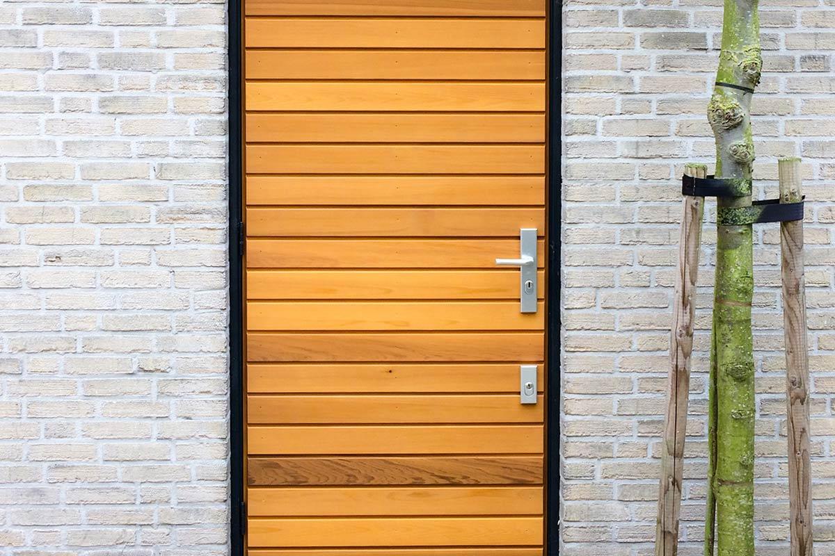 voordeur-en-loopdeur-bekleden-met-hout-21
