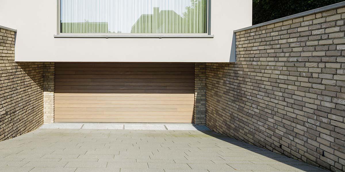 houten-sectionaal-garagedeur-horizontaal-geprofileerd-3