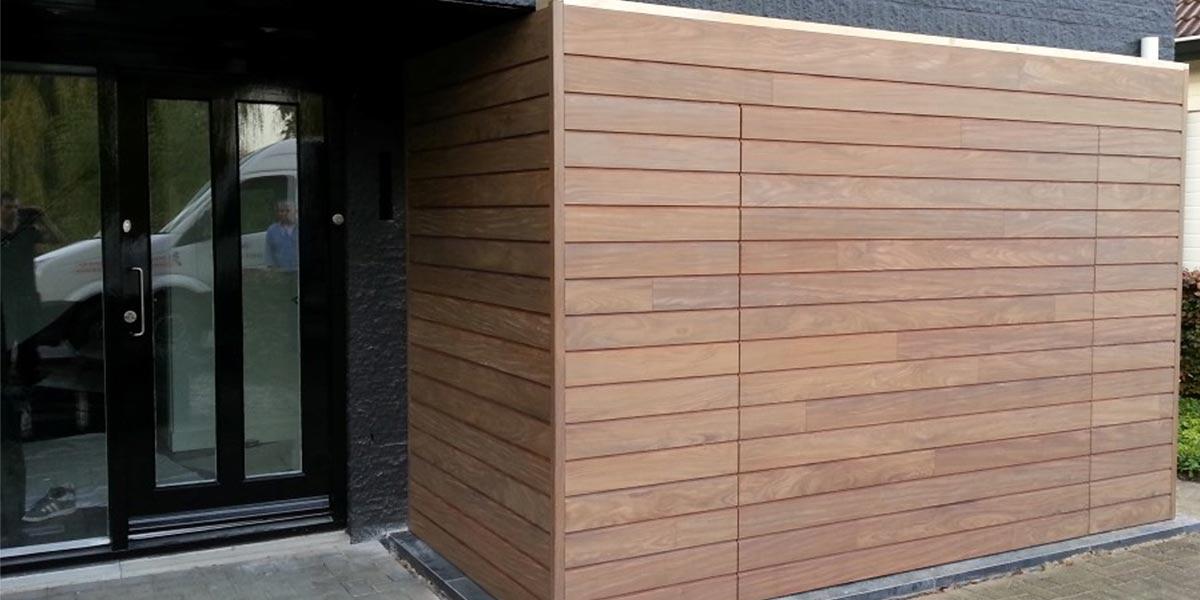 elektrisch-houten-garagedeur-met-gevelbekleding-4