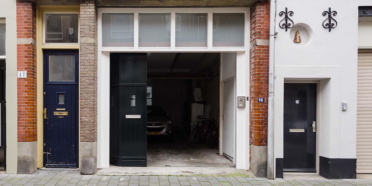 houten-zijwaartse-sectionaaldeur-monumentaal-pand-41