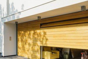 Houten-garagedeur-in-vught-4