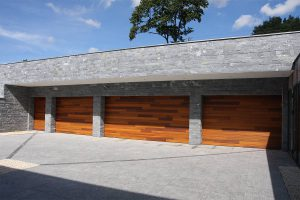houten garagedeuren red cedar