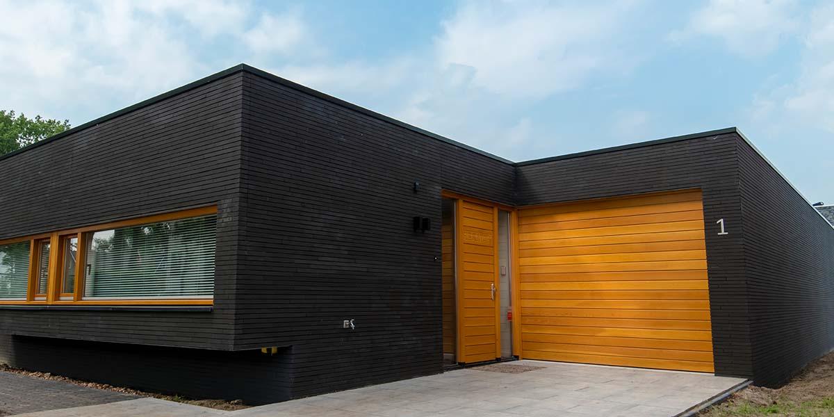 houten-sectionaaldeur-oregon-pine-3