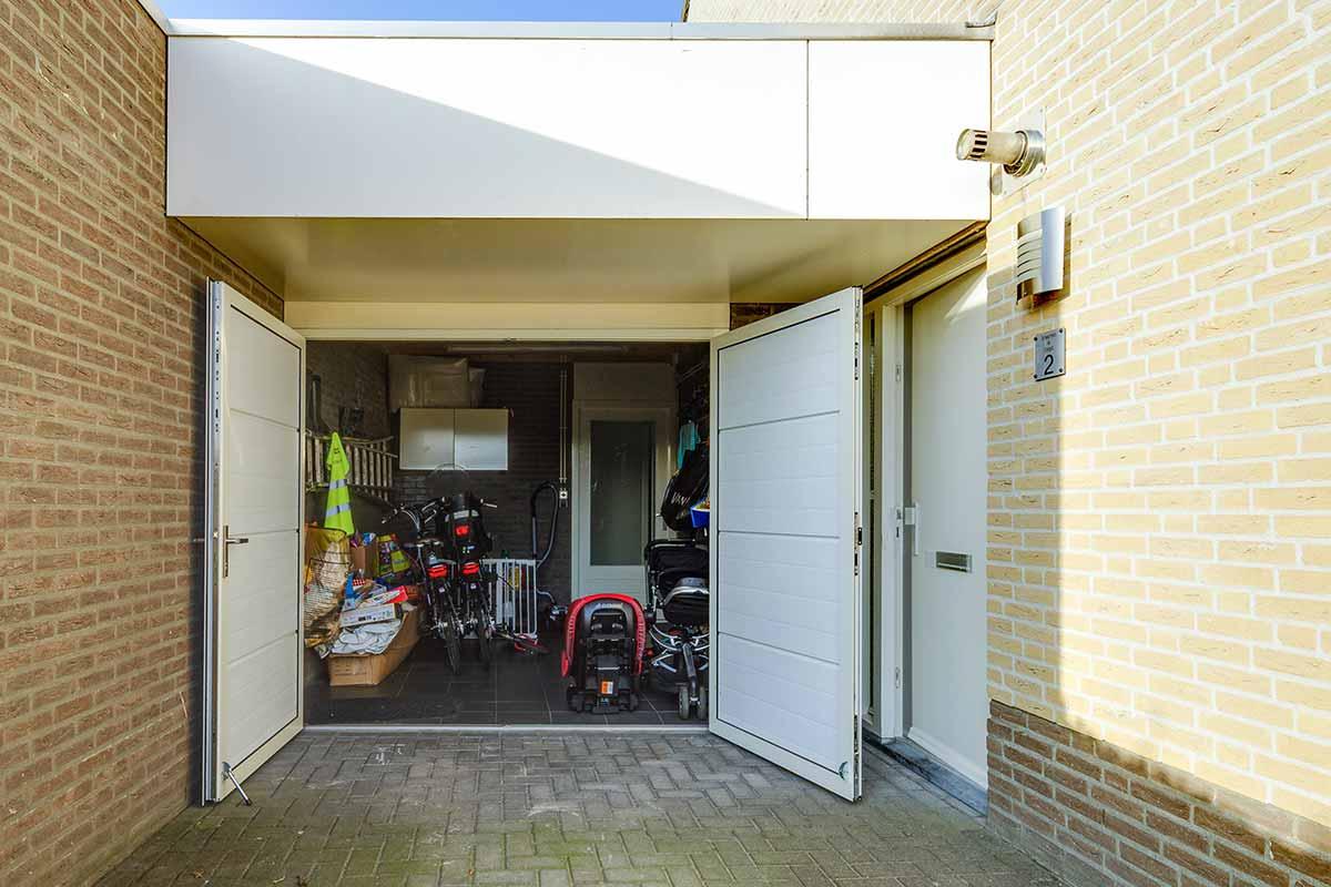 geisoleerde openslaande garagedeur