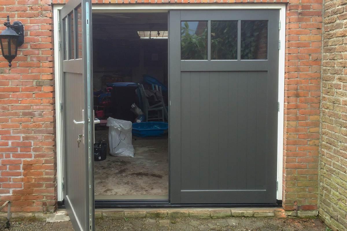 hardhouten-openslaande-garagedeuren-3