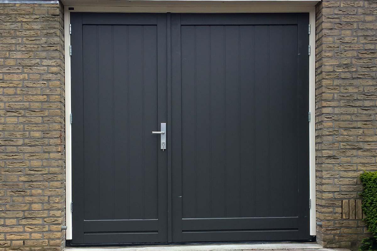 asymmetrische garagedeur zonder glas