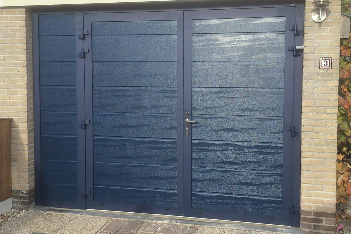 houtnerf-openslaande-garagedeuren-vast-zijdeel-2