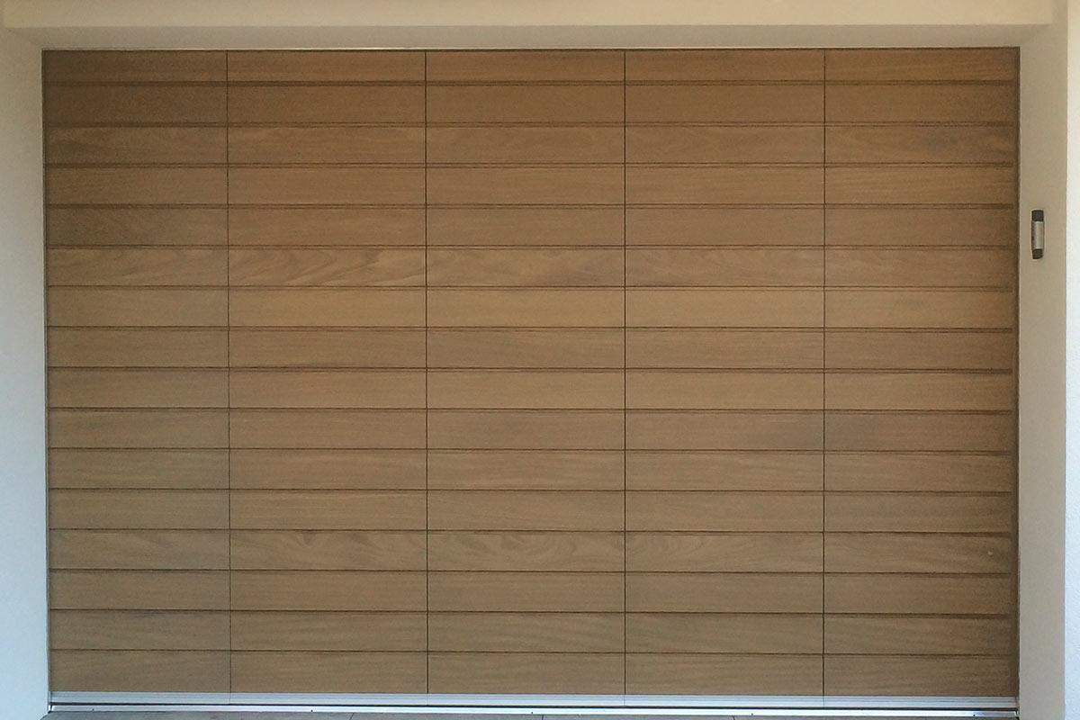 houten-zijwaartse-sectionaaldeur-4