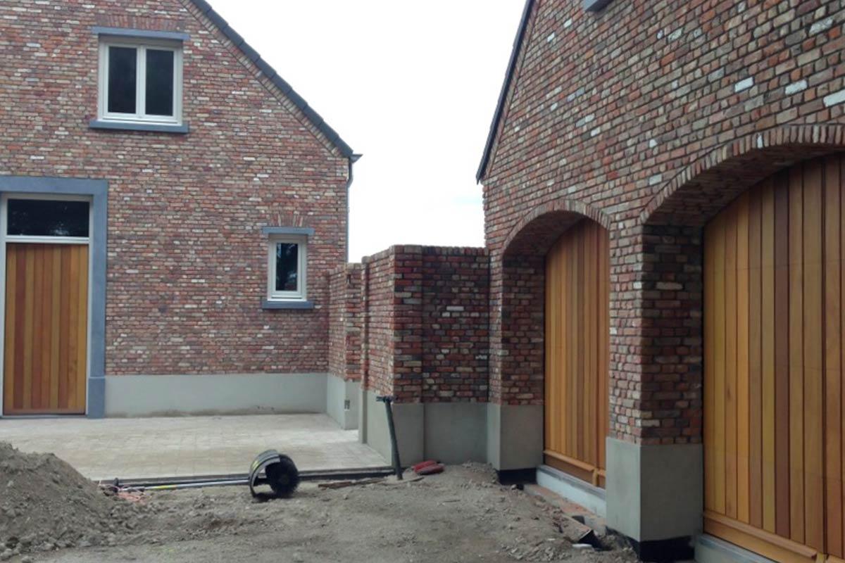 houten-sectionaal-deuren-verticaal-en-voordeur-2
