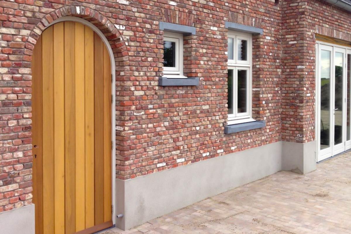 houten-verticale-voordeur-getoogd