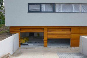 houten-sectionaaldeuren-red-cedar-behandeld-2