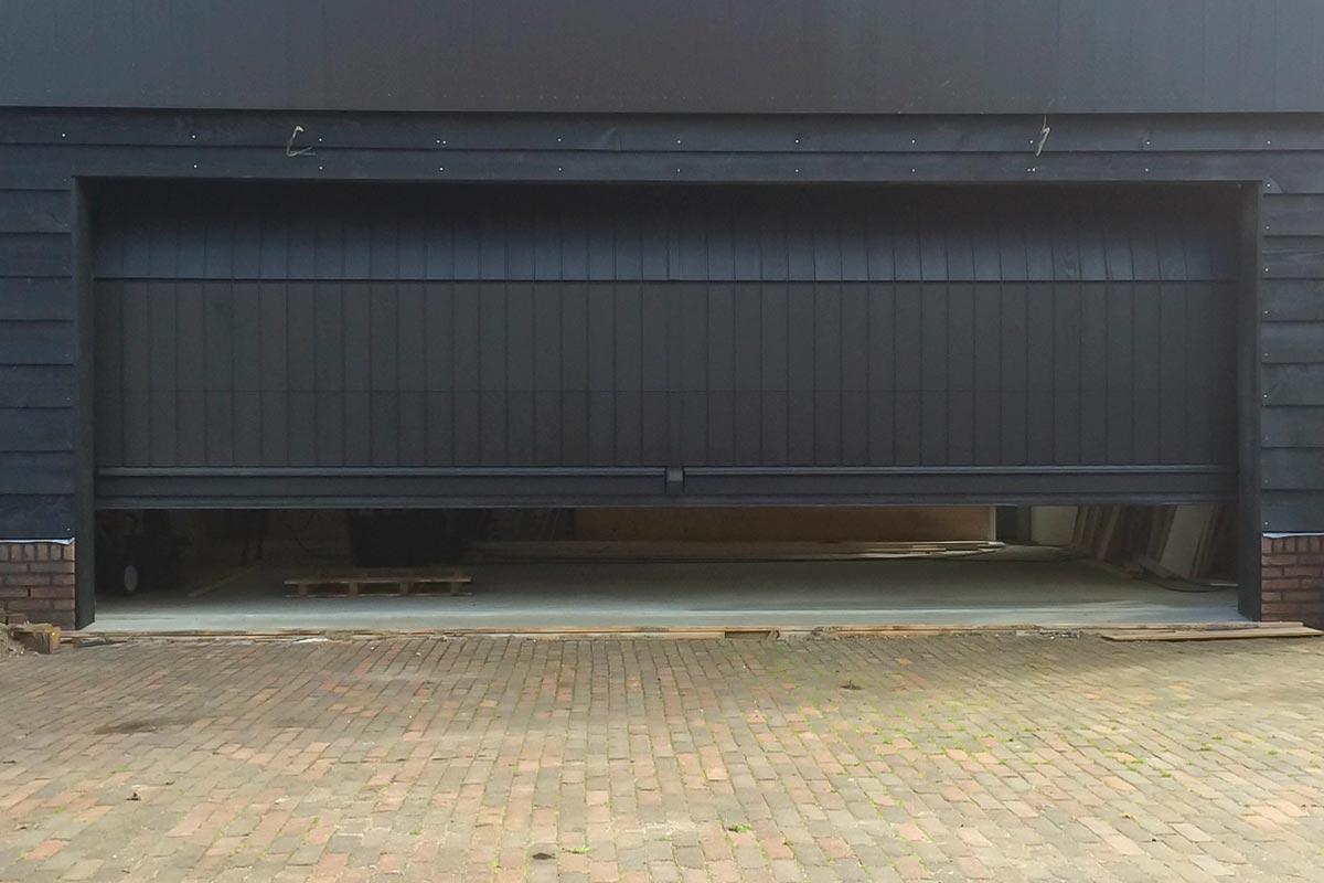 Elektrisch-houten-sectionaaldeur-2
