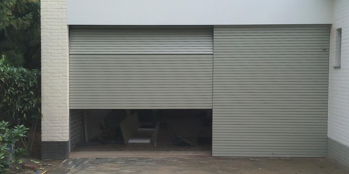 https://garagedeuren.s3.amazonaws.com/20180918135356/Houten-sectionaal-poort-latjes1.jpg