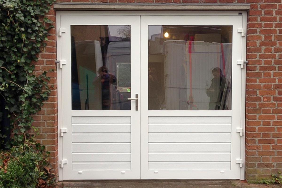 openslaande garagedeuren a-symmetrisch glas
