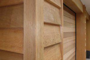 Twee-sectionaaldeuren-van-hout-2