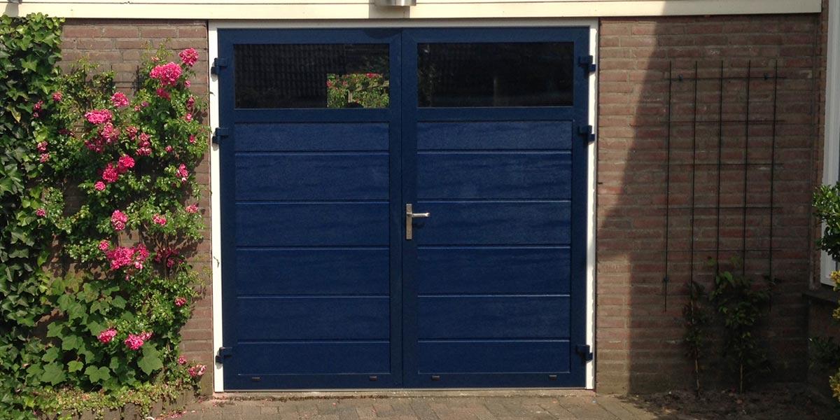 https://garagedeuren.s3.amazonaws.com/20181004112722/Openslaande-deur-malden-RAL-5011.jpg