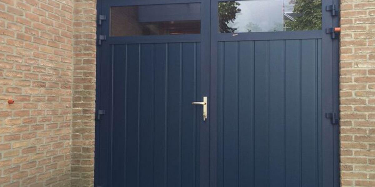 https://garagedeuren.s3.amazonaws.com/20181004123219/openslaande-deuren-geisoleerd-3puntsgesloten1.jpg