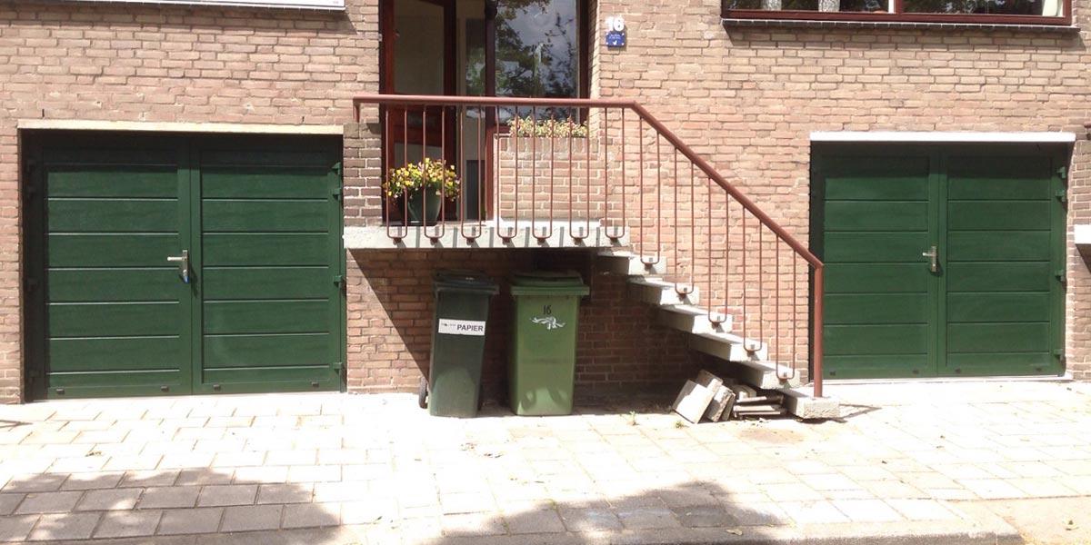 https://garagedeuren.s3.amazonaws.com/20181005114545/garagedeuren-openslaand-groen-geisoleerd1.jpg
