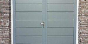 Onderhoudsvrije openslaande garagedeur