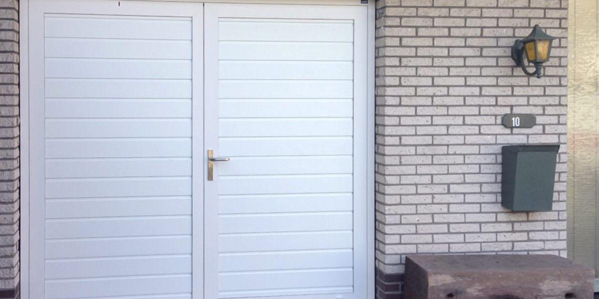 https://garagedeuren.s3.amazonaws.com/20181011152117/openslaande-deuren-verdekte-scharnieren-zeeland.jpg