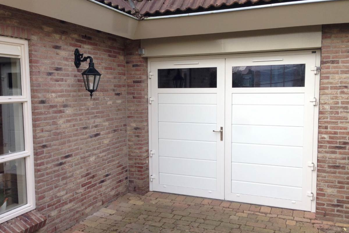 Wtpenslaande garagedeuren