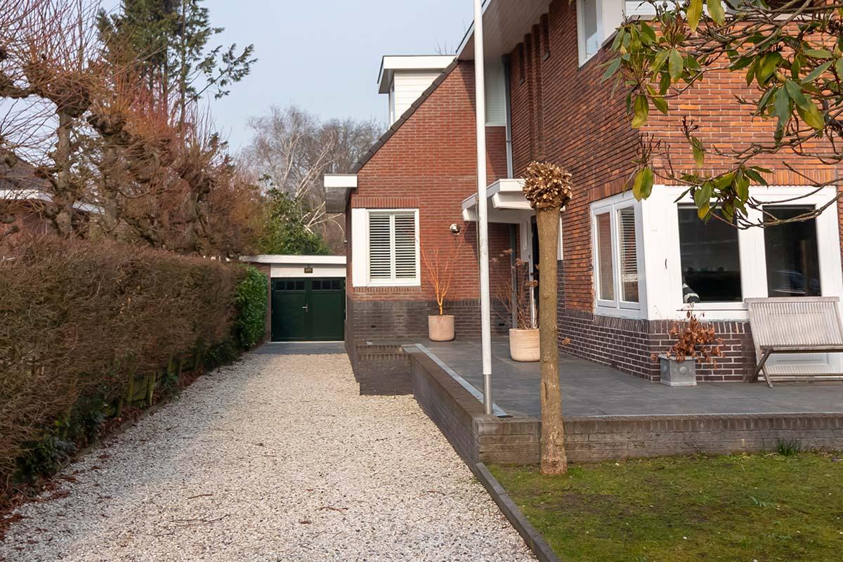 houten-openslaande-garagedeur-met-raampjes_0005