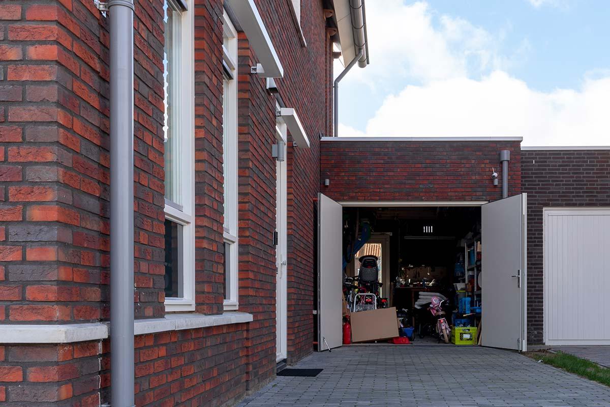 houten-openslaande-garagedeur-wit-2