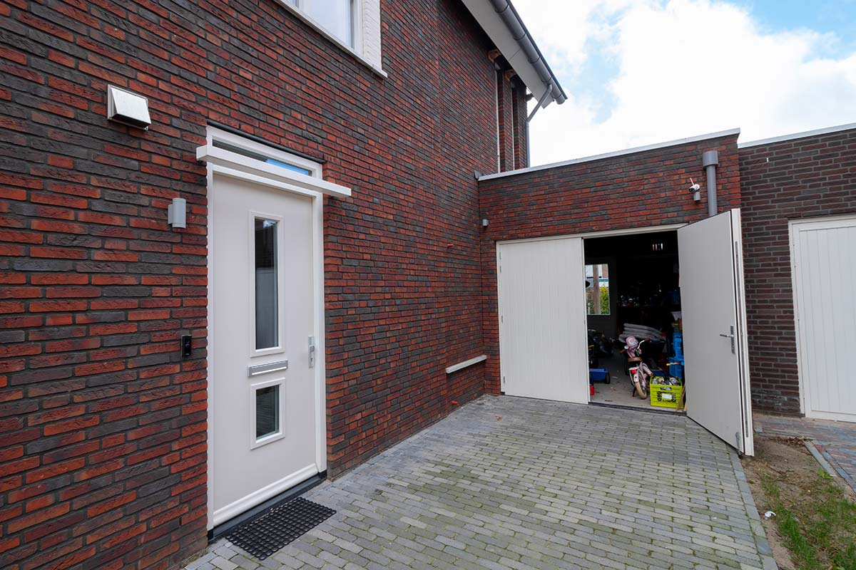houten-openslaande-garagedeur-wit-6