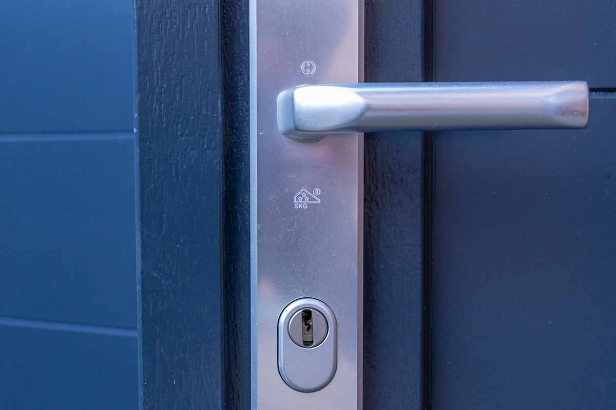houten-openslaande-garagedeur-grijs-blauw_0004