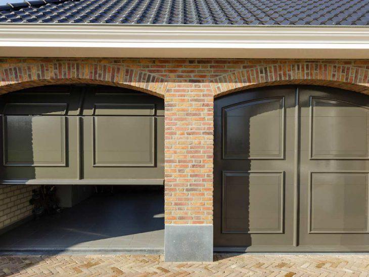 automatische garagedeur dubbel sierlijst