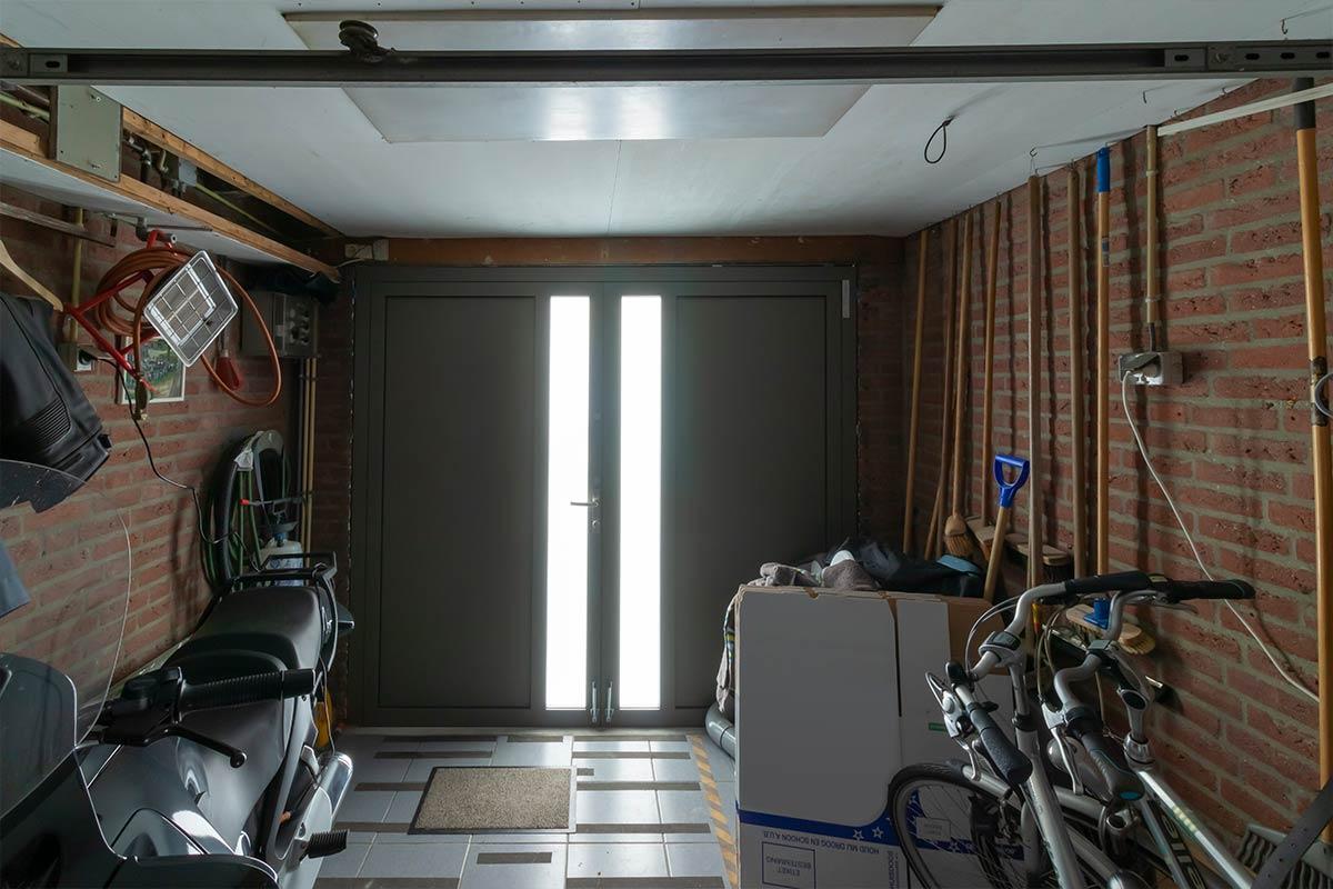 Licht in garage dankzij garagedeur