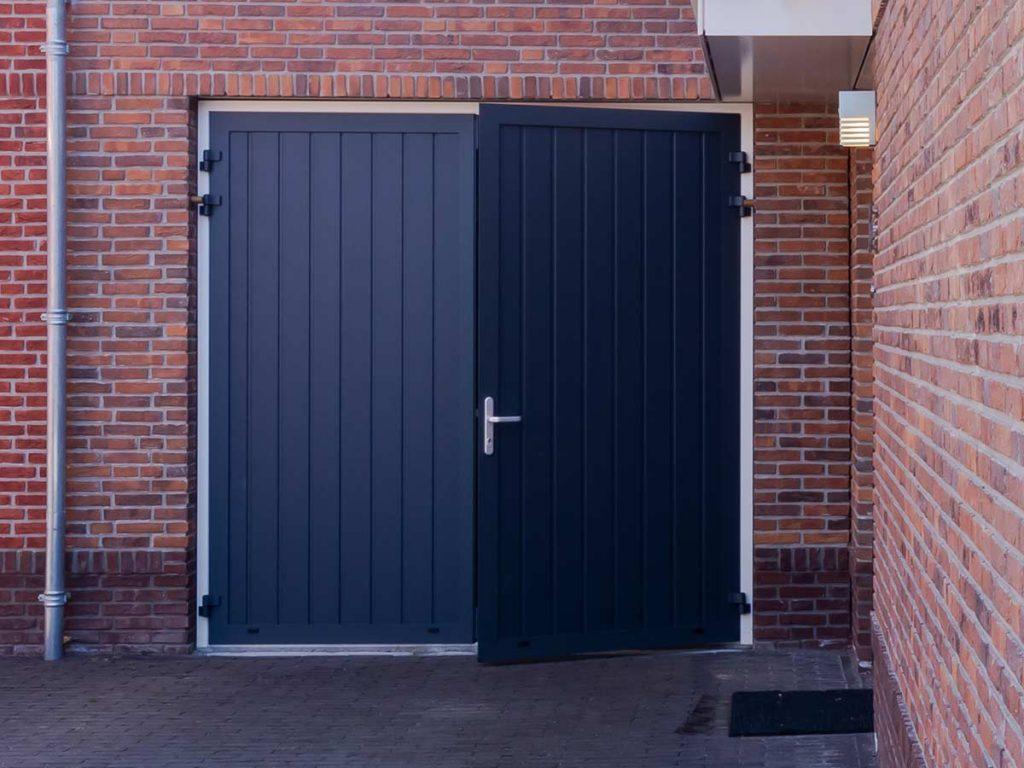 Openslaande garagedeuren verticale belijning