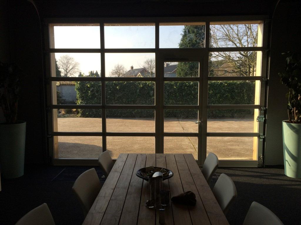 Budel garage-deuren-glas-loopdeur