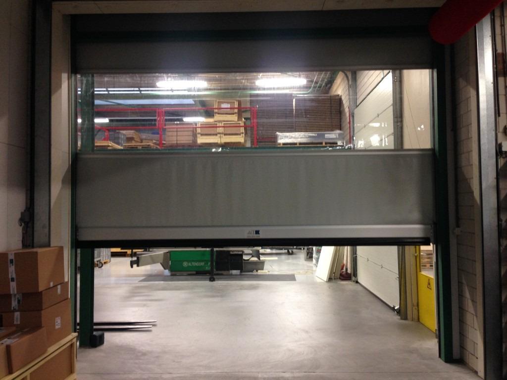 Snellopende-sectionaal-deur wit