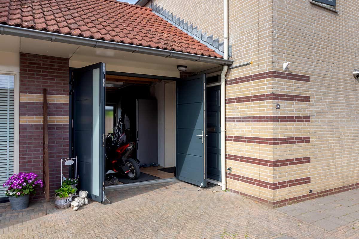 openslaande garagedeur voorbeeld