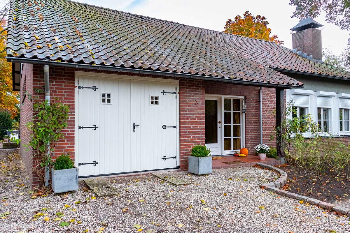 engelste-stijl-garagedeur (1)