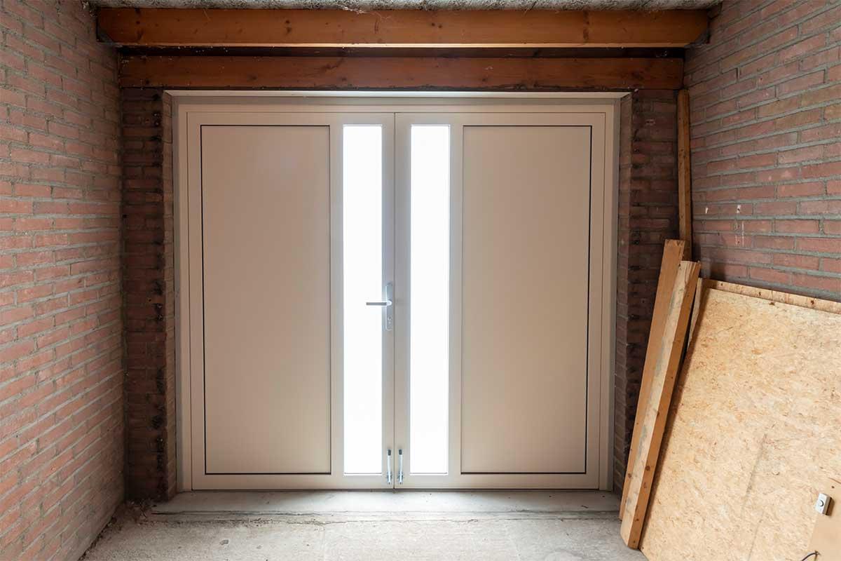 openslaande-garagedeur-en-voordeur (11)