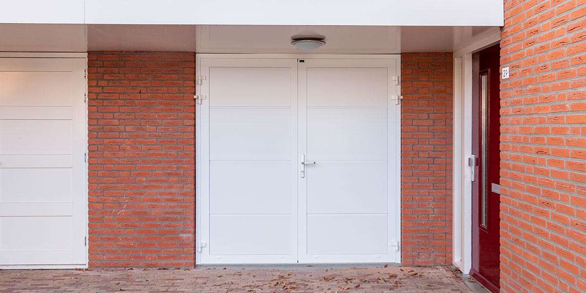 standaard-witte-openslaande-garagedeur-(16)