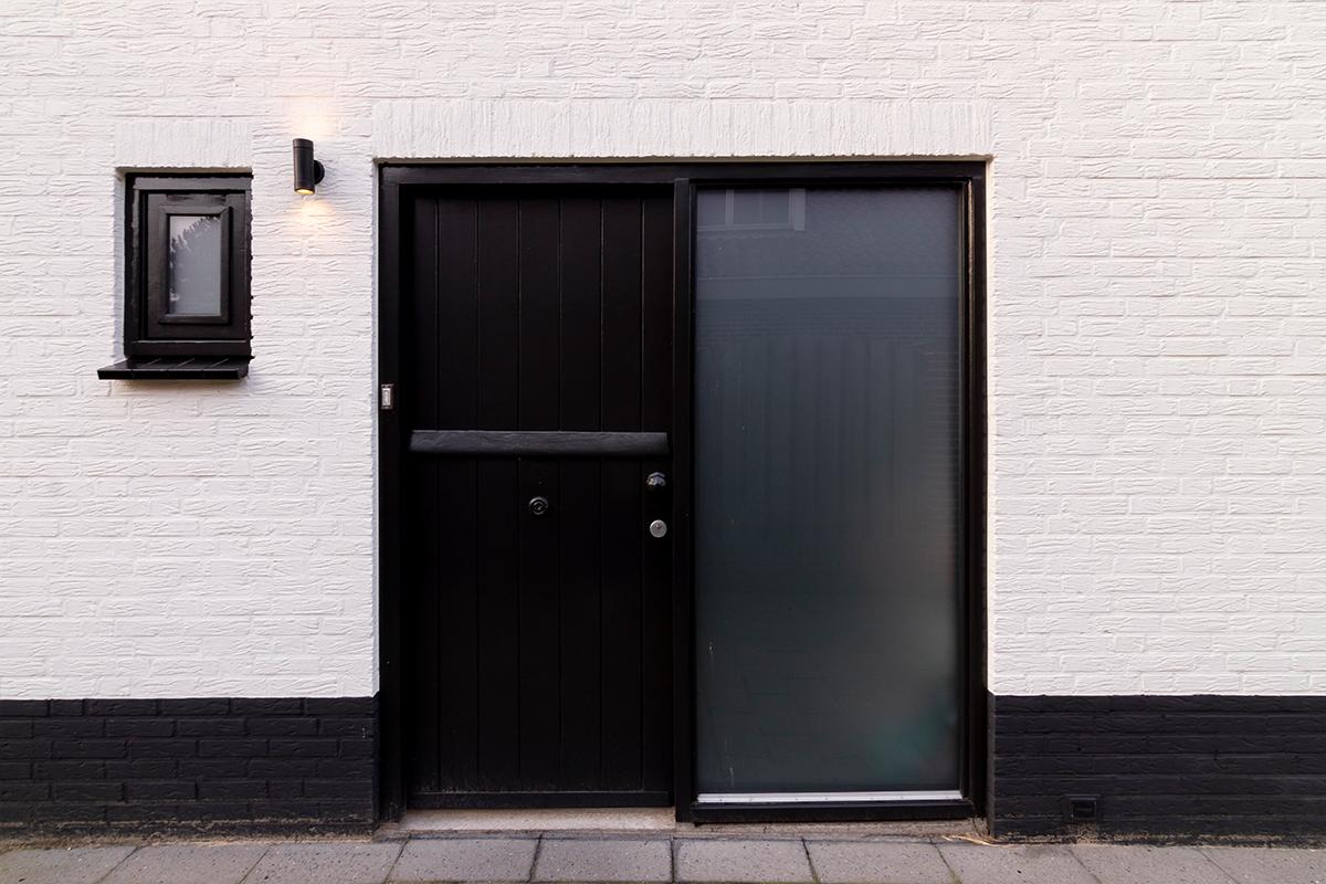 houten voordeur in bestaand kozijn oud (2)