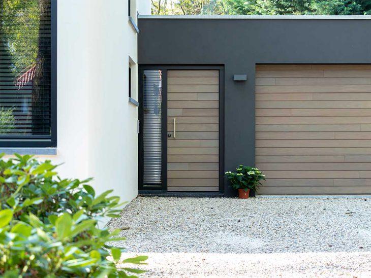 horizontale houten garagedeur
