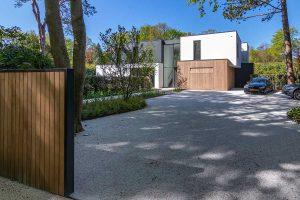 houten garagedeur moderne villa (15)