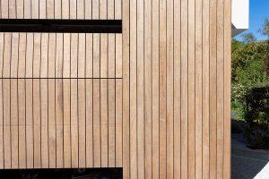 houten garagedeur moderne villa (8)