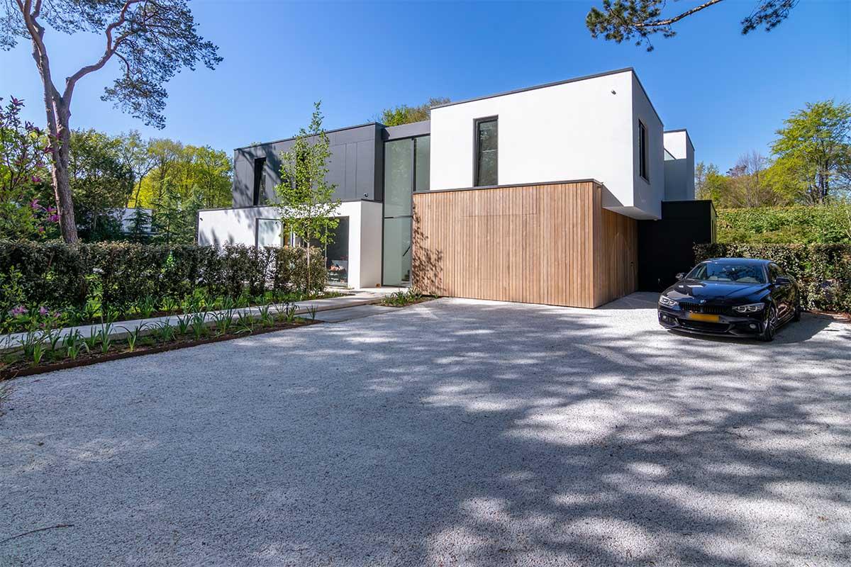 houten garagedeur moderne villa (7)