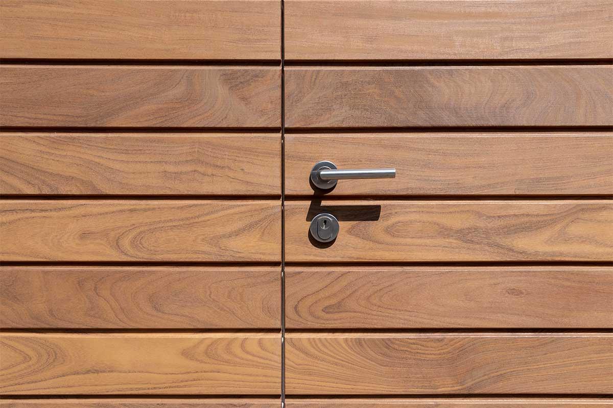 houten-garagedeur-en-voordeur (10)
