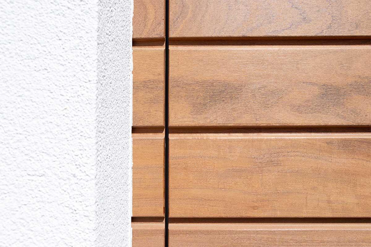 houten-garagedeur-en-voordeur (11)