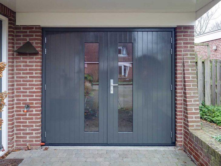 openslaande garagedeur met glas verticaal