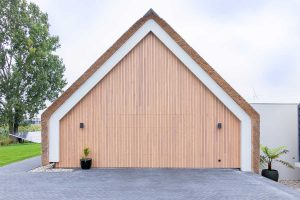 houten-garagedeur-schuurwoning (7)