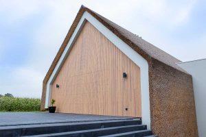 houten-garagedeur-schuurwoning (19)