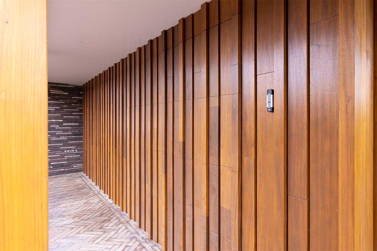 houten-sectionaaldeur-verschillende-breedtes (10)